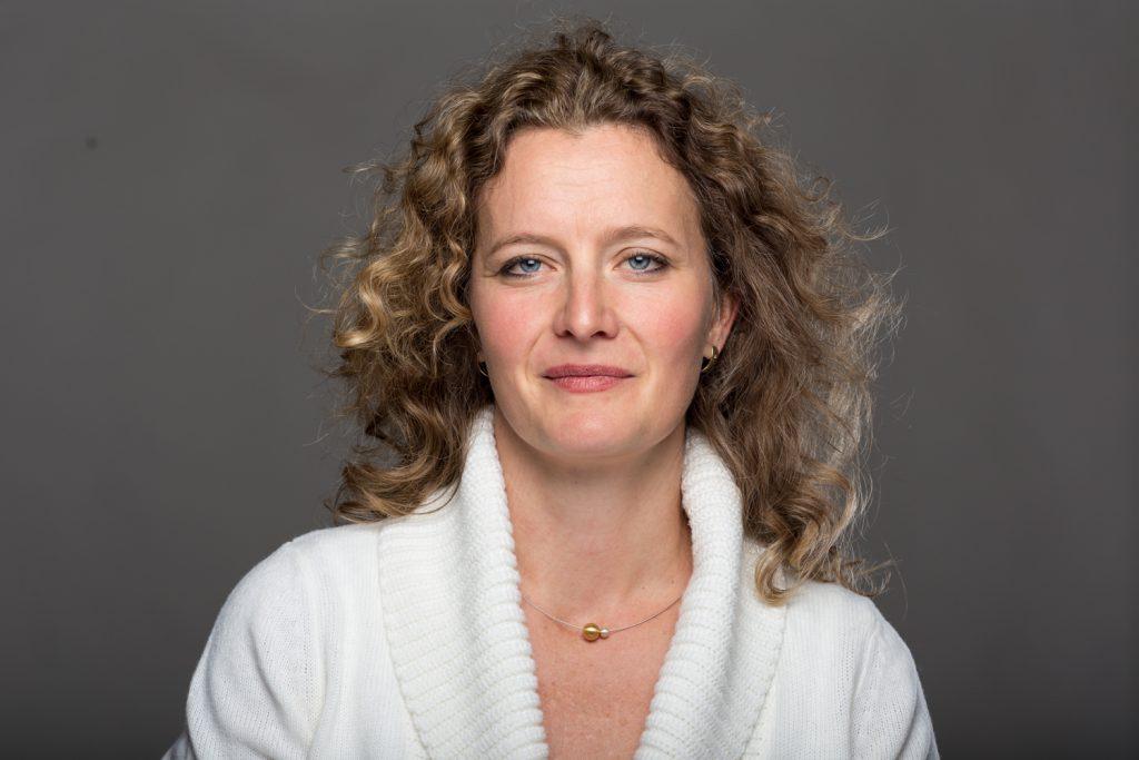Dr. Bernadette Donath
